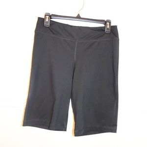 Champion Bermuda short leggings size M